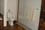ss_accom_bathroom3